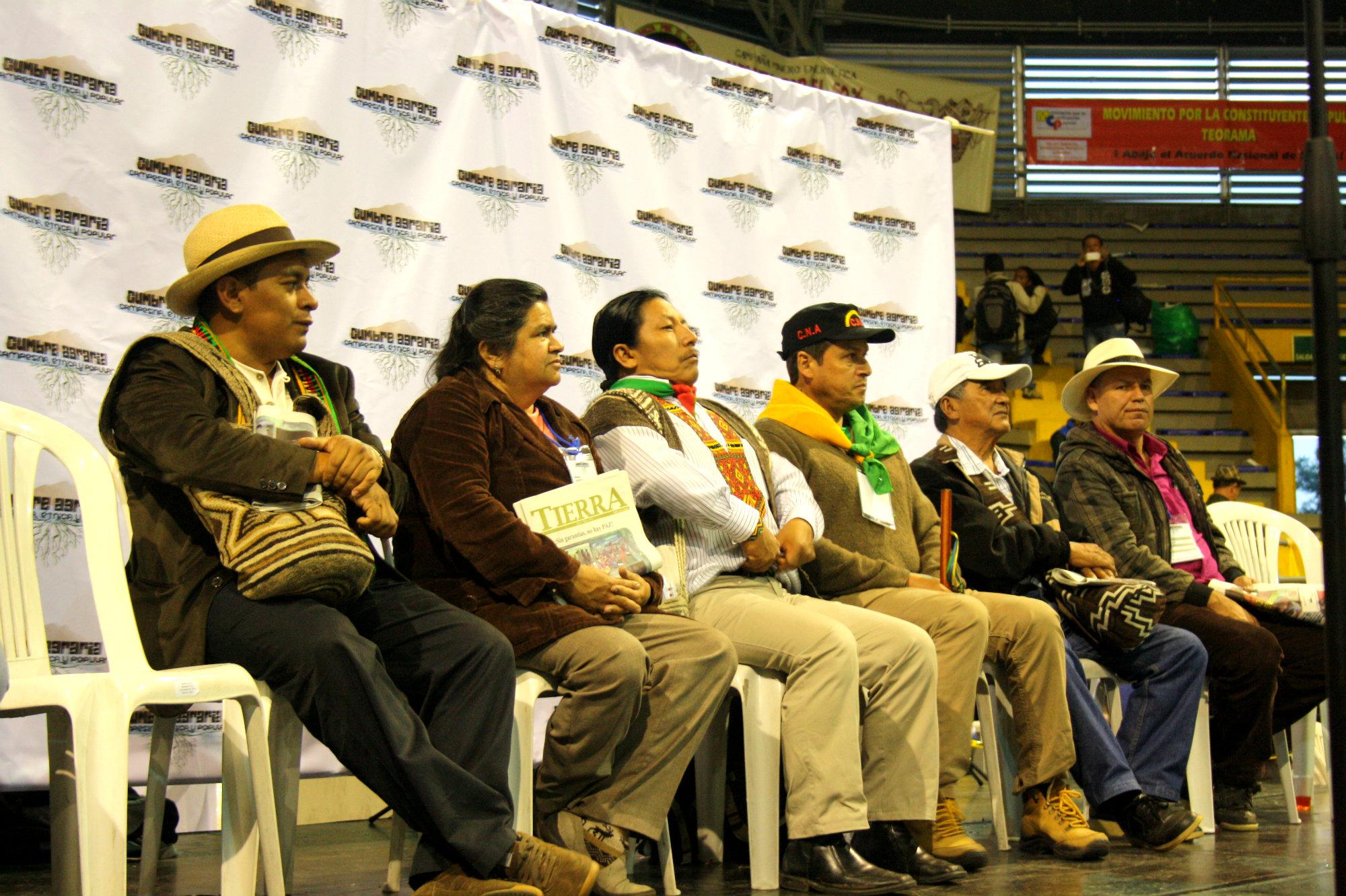 Los indígenas rechazan el incumplimiento del Ministerio de Agricultura en la consulta sobre tierras.