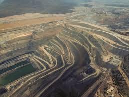 Experto de la ONU pide el cese de la minería en controvertido sitio de Colombia